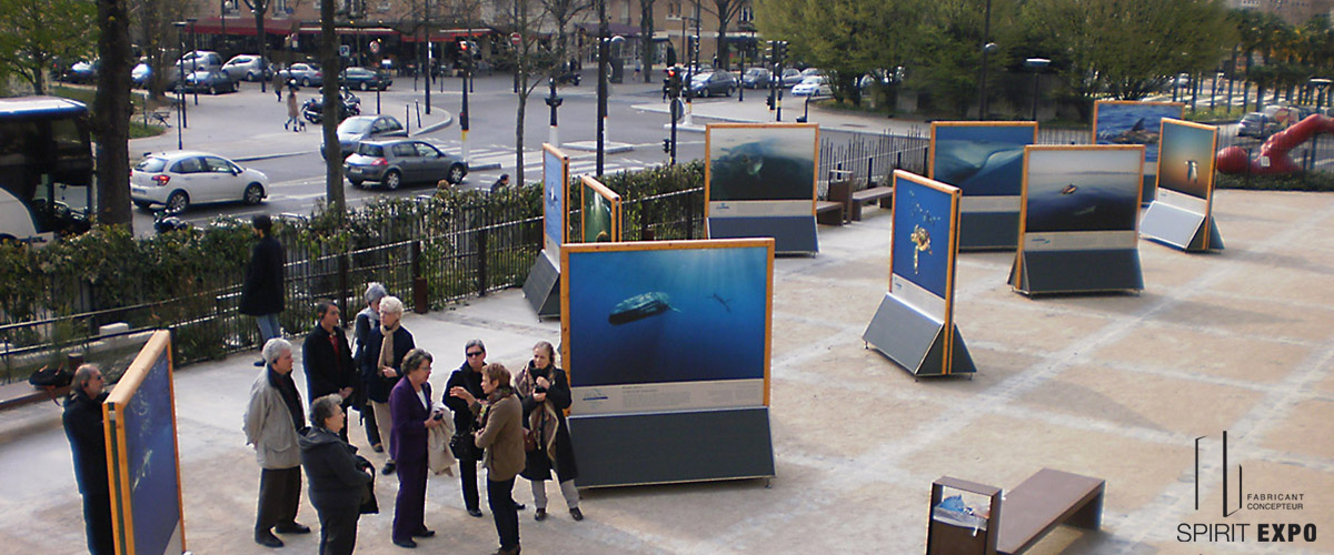 mobilier expo- exterieure paris