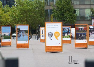 exposition photos temporaire en extérieur