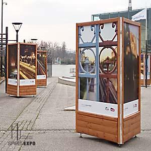 Location totem exposition photos Enghien les Bains