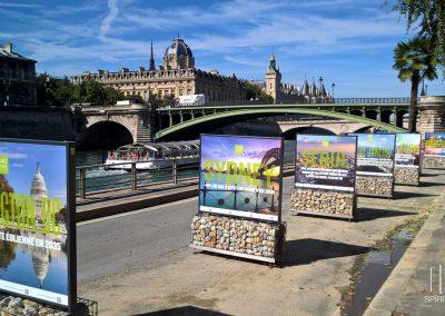 panneau exposition photos exterieur paris