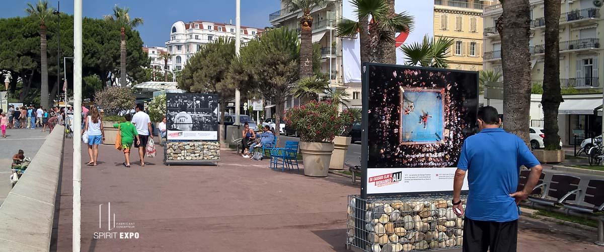 Duo zen spiritexpo for Location panneau publicitaire exterieur