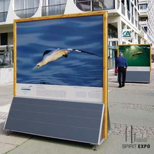 panneau exposition photos sur pieds