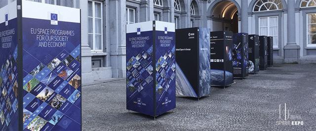 exposition_exterieur_Bruxelles