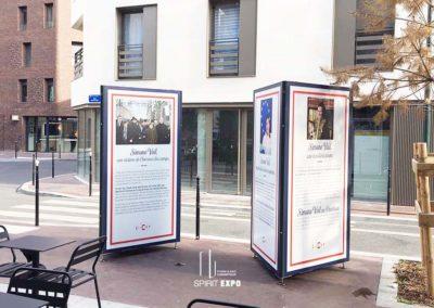 support exposition extérieur Clichy